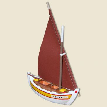 Mediteranean sailing boat (yellow)