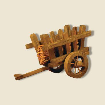 Charette en bois & ballotin de foin