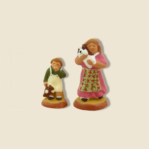 image: Petite fille (rose) et son frère (vert)
