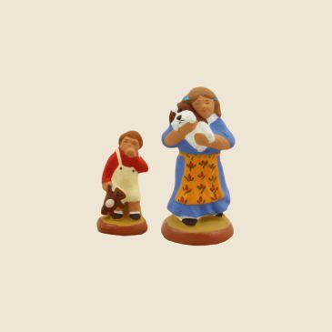 Petite fille (bleu) et son frère (rouge) 6 cm